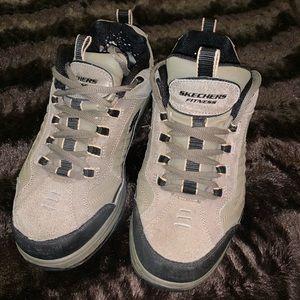 Skechers Shape-UPS, Size 8